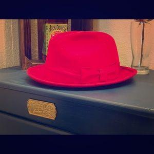 Accessories - Vintage fedora hat.